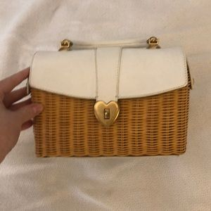 Juicy courtier basket purse
